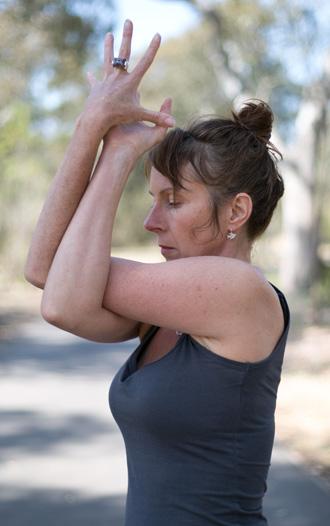leonie_lockwood_yin_yoga_twisted_branches